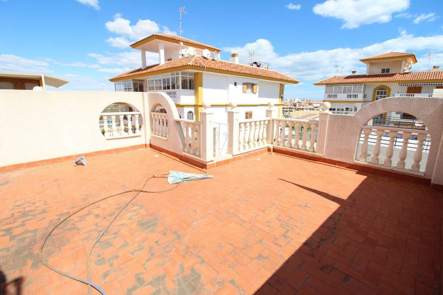 Resale - Bungalow - La Mata - PLAYA